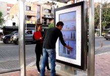 JCDecaux Colombia And Baileys Create Milkshakes Through Interactive Bus Shelter