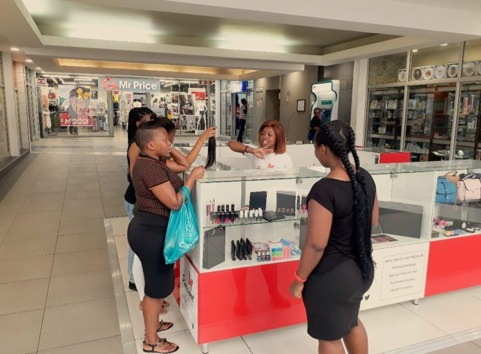 Mall Ads And Precious Love Boutique Open A Retail Kiosk