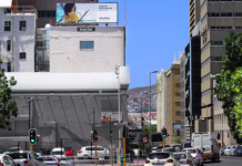 Tractor Outdoor Runs ArtPublika Campaign
