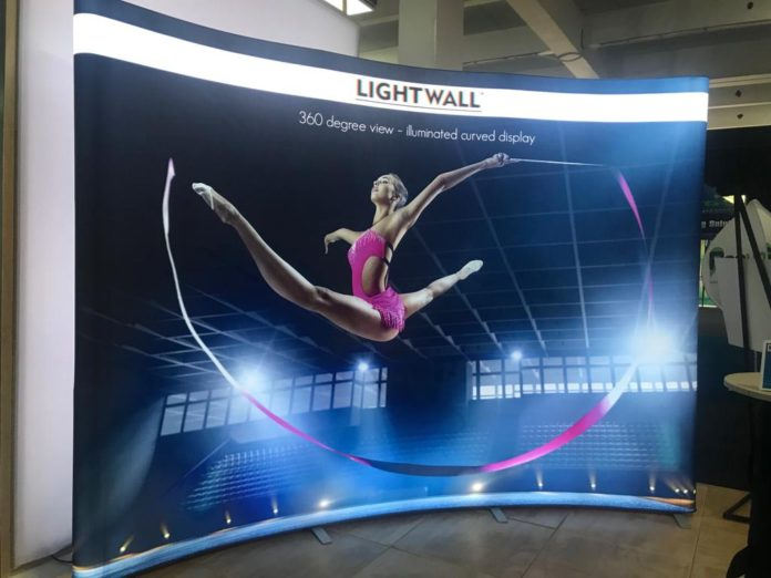 Lightwall Launches Illuminated Curved Pop-Up System